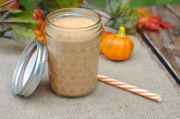 Pumpkin-Spice-Smoothie-uses-real-pumpkin-575x379