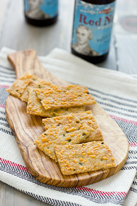 jalapeno_cheddar_crackers_feature