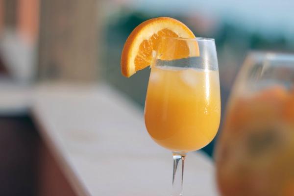 orange mango mimosa