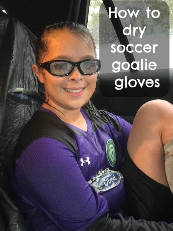 dry soccer goalie gloves